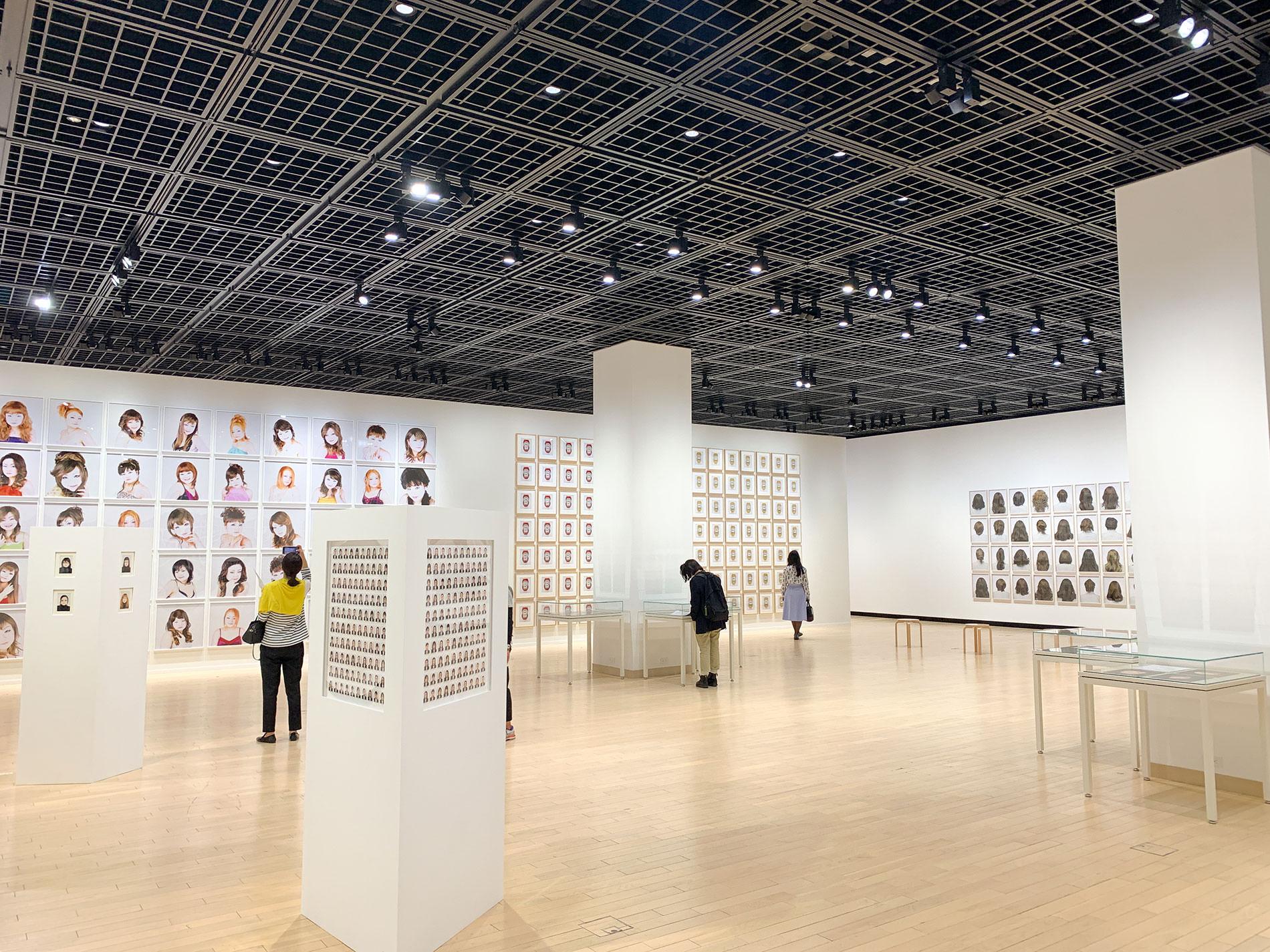澤田知子「狐の嫁いり」展 / Tokomo Sawada's Exhibition KITUNE NO YOMEIRI in TOKYO PHOTOGRAPHIC ART MUSEUM 2021